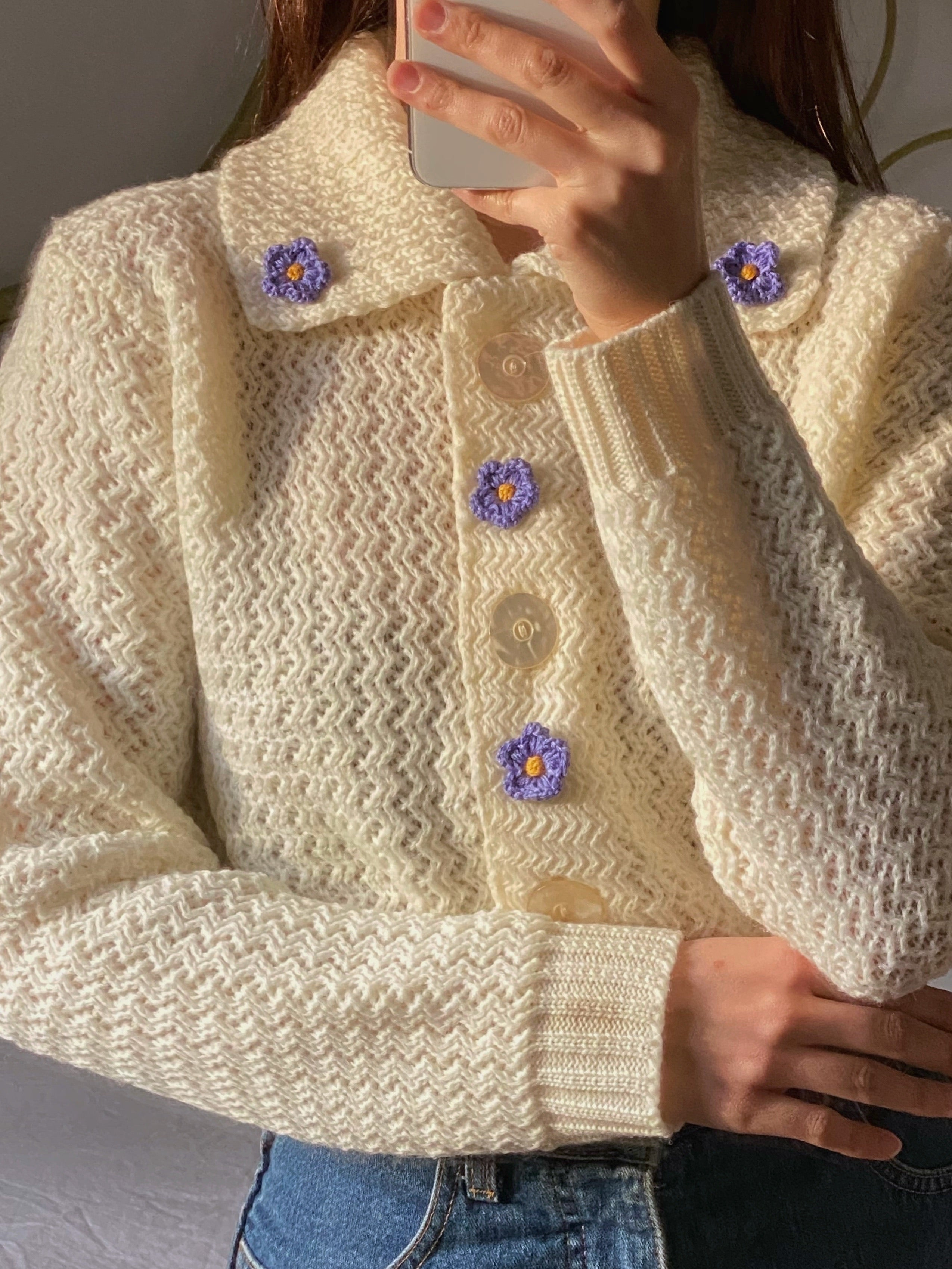 Vintage Scottish pure wool flowers appliquè knitted cardigan