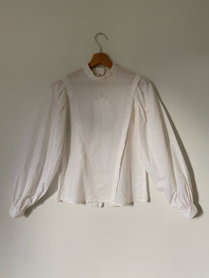 Vintage antique linen and cotton embroidered puff sleeve blouse