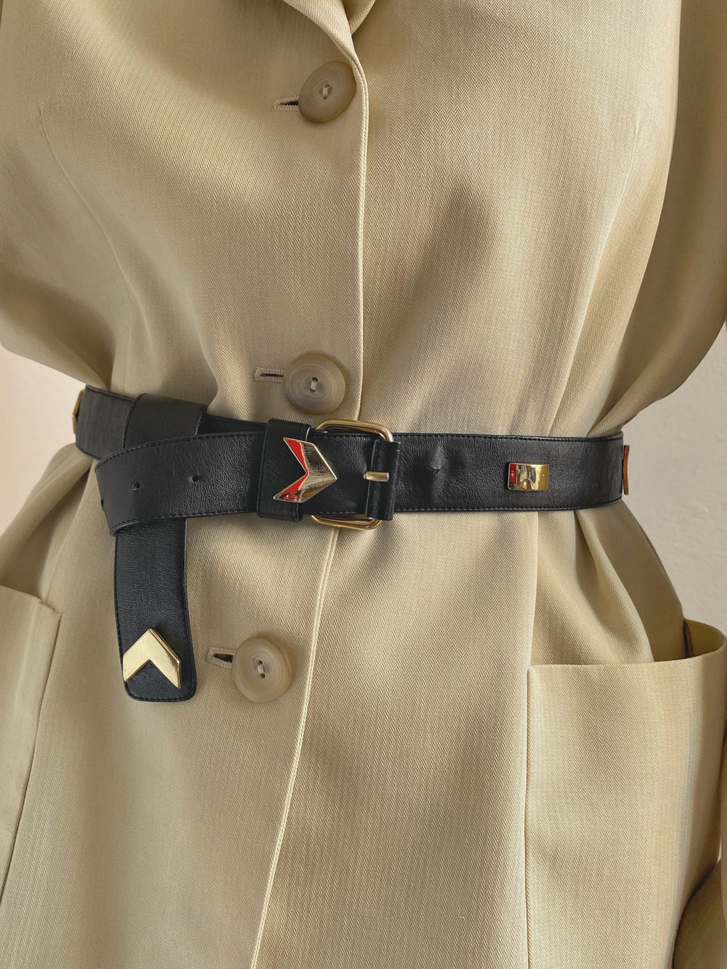 Vintage golden details black belt