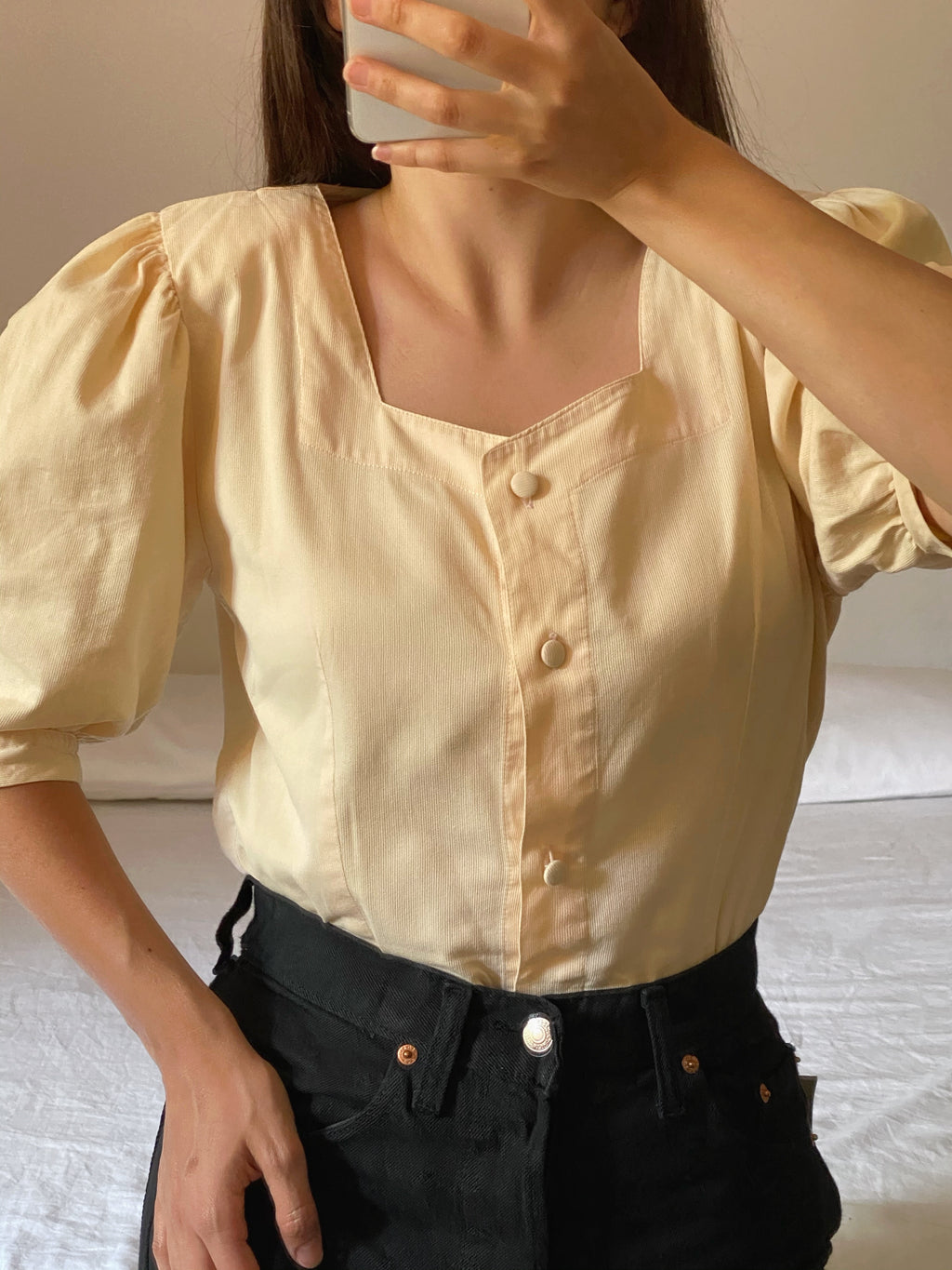 Vintage Italian pure cotton puff sleeve yellow blouse