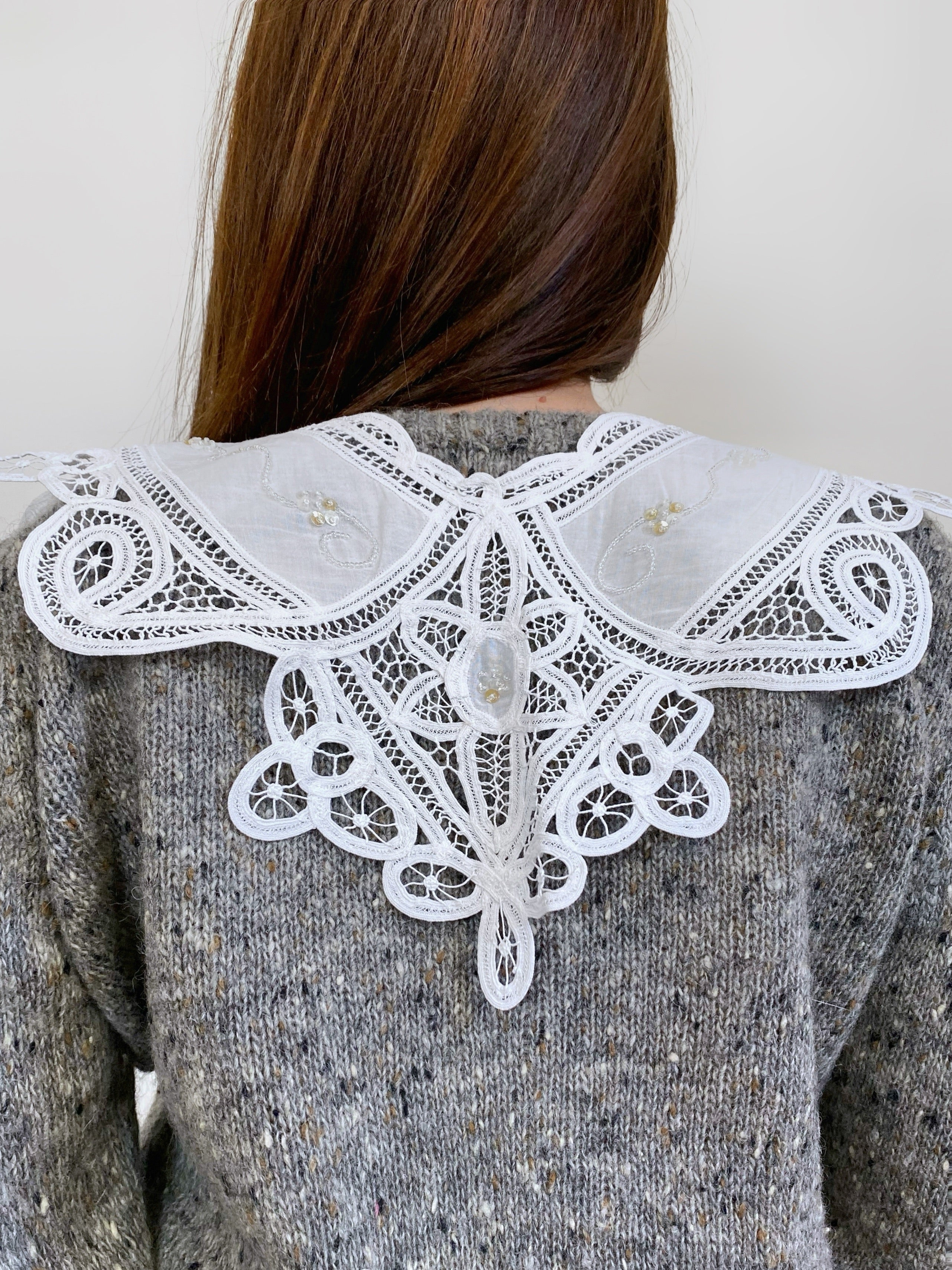 Vintage antique lace collar with beads details