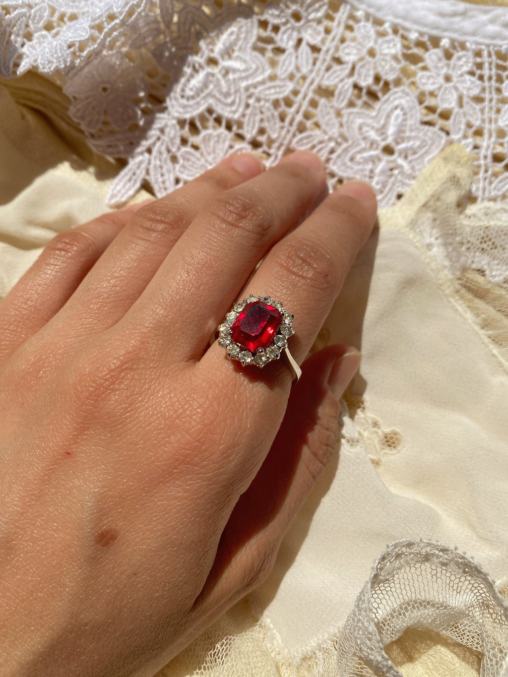 Vintage 60s Italian silver 800 real red stone and zircons ring