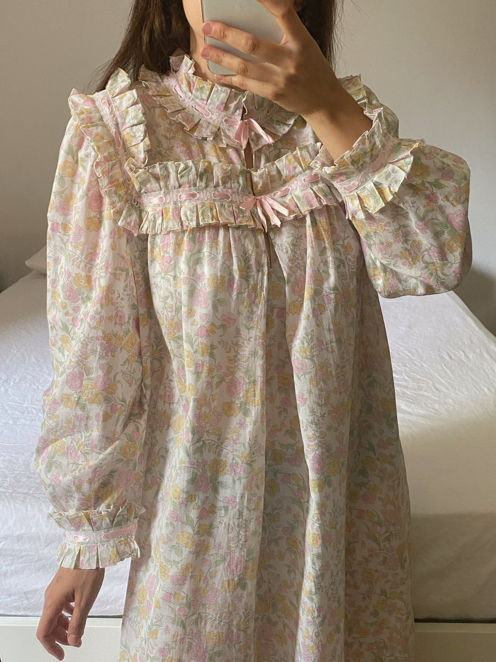 Vintage pure cotton rouches details flower dress/nightgown