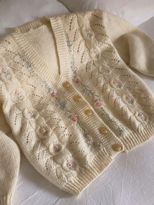 Vintage pure wool embroidered details golden buttons cardigan
