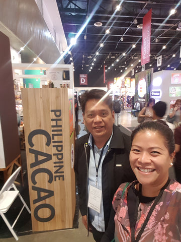 Luchie Suguitan with Val Turtur of the Philippine Cacao Council.
