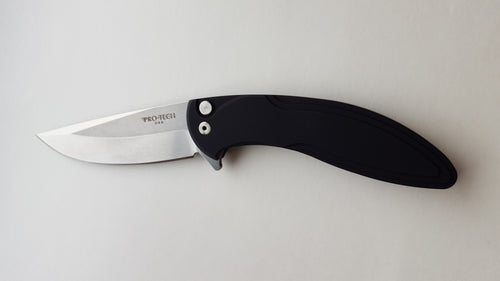 protech_black_cambria_knife