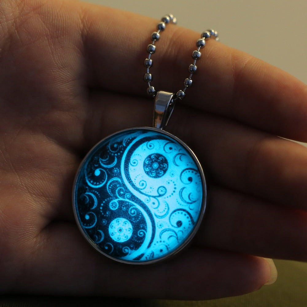 oval vase the women glow pendant dark steampunk locket necklace magic itm in glowing