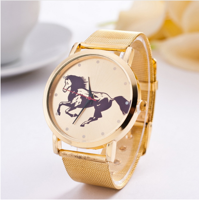 montre cheval or