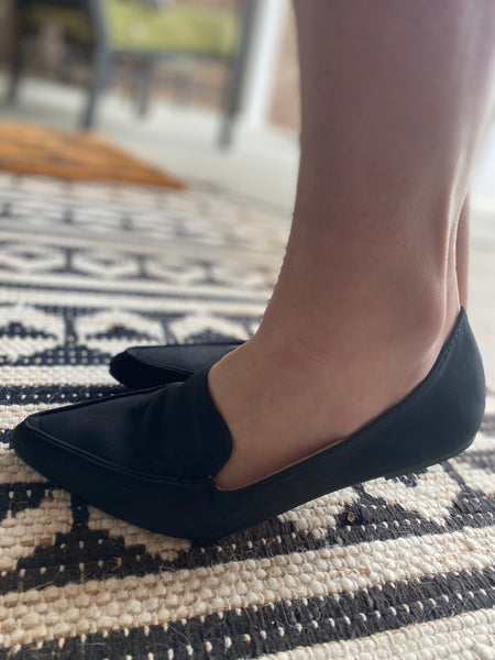 Pointed Flats, Black