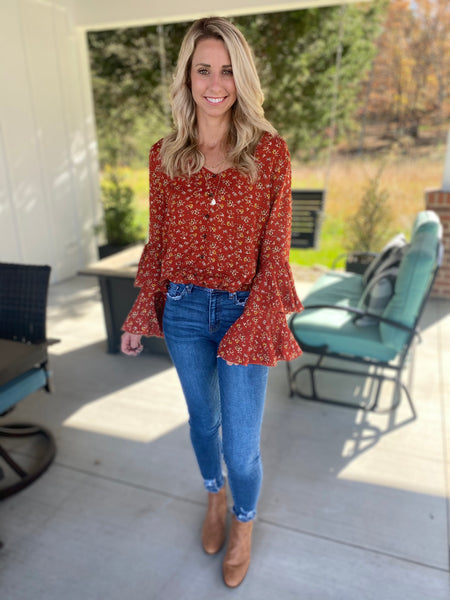 Ruffle Flare Sleeve Floral Top
