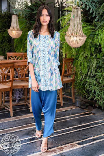 Printed Kedia Top and Cowl Pants Set