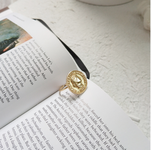 Suisse Coin Ring
