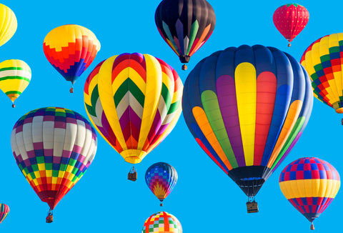 colorful-hot-air-balloons-on-sunny-day