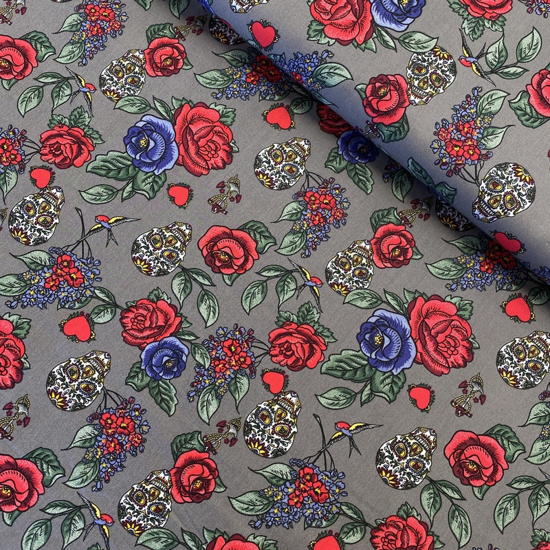 SKULLS AND ROSES IN GREY COTTON POPLIN FABRIC - Lilly and Mimi Fabric Shop