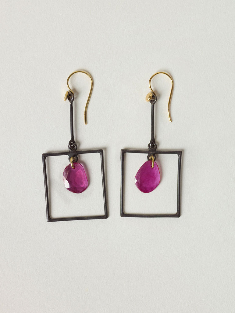 ALLUMETTE Earrings | de Cosmi Fine Jewelry by Catherine Servel