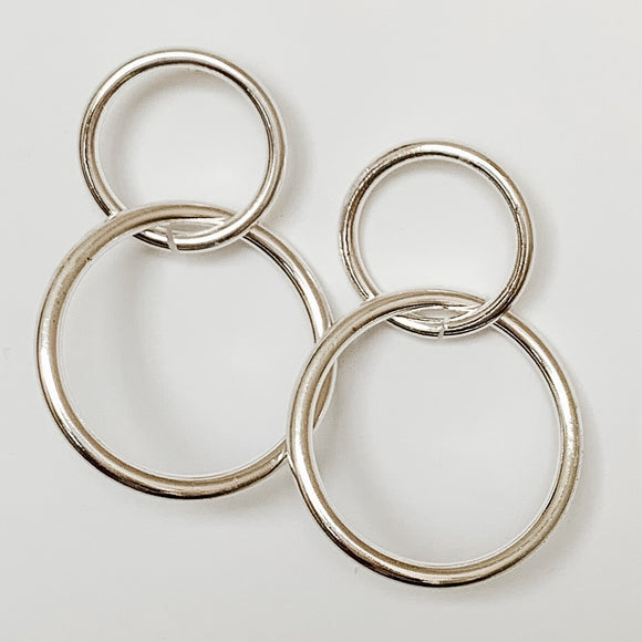 Interlaced Hoop Earrings (Gold & Silver)