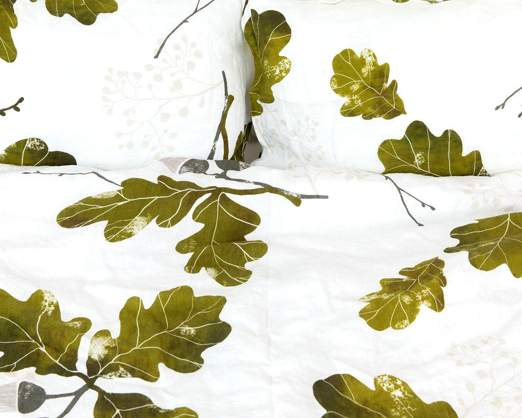 Organic European linen duvet cover with acorn design