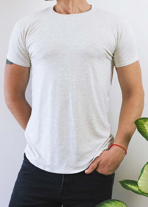 Men's white classic t-shirt, with soft and gentle bamboo fabric.