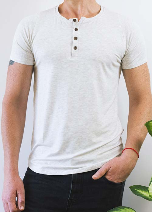 Men's white button t-shirt, with soft and gentle bamboo fabric.