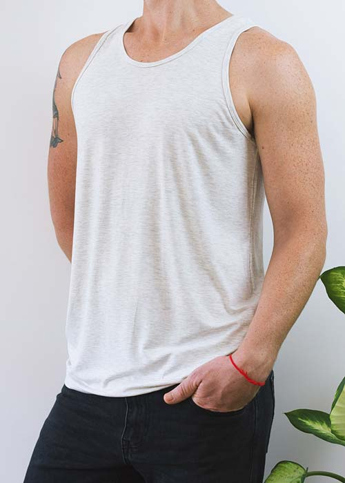 Men's white classic singlet, with soft and gentle bamboo fabric.