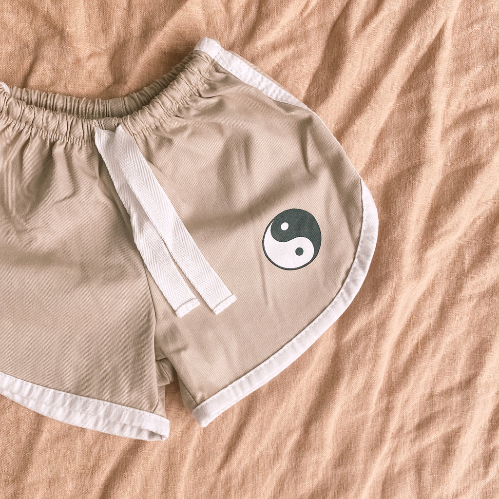 YiN YANG DUSTY SHORTS ~ sand