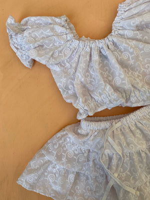 JOSiE set ~ broderie anglaise
