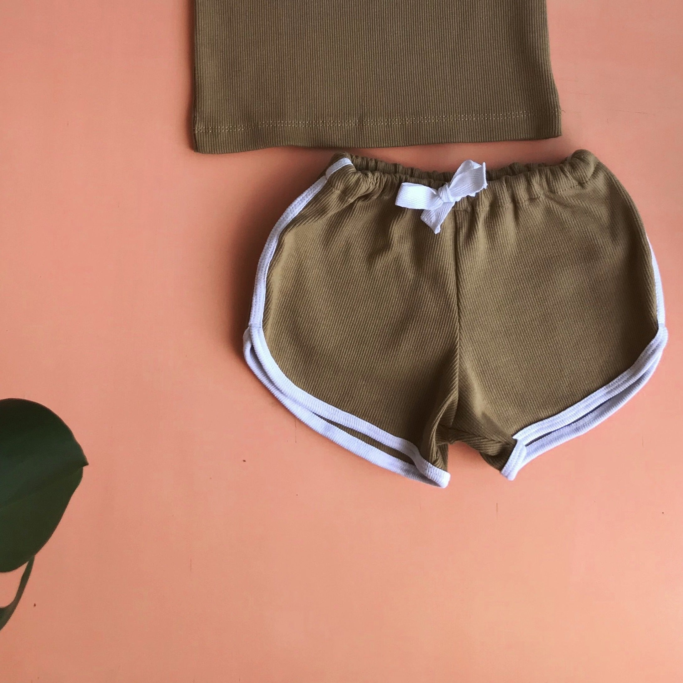 FiNNY ribbed cotton shorts ~ caramel