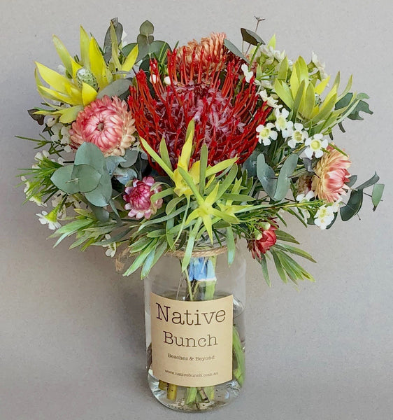 Native Bunch weekly posy | Yin Yang Passion and Calmness