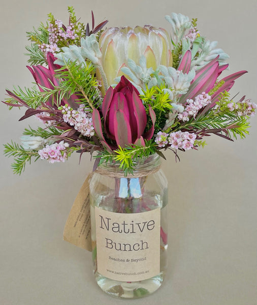 Native flower posy Autumn Blush