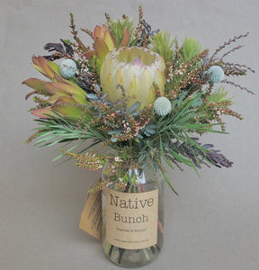 Weekly native flower posy Naturally Neutral