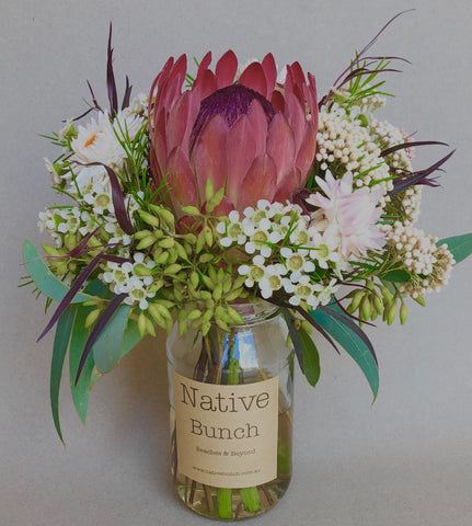 Native flower posy Sydney northern beaches flower delivery | Sydney North shore native flower delivery Sydney Inner West Proteas, Banksia and more native flowers
