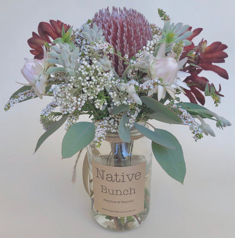 sydney northern beaches native flower delivery Brookvale, Collaroy, Manly, Balgowlah | Native flower delivery Sydney Northern Beaches Banksias, Proteas