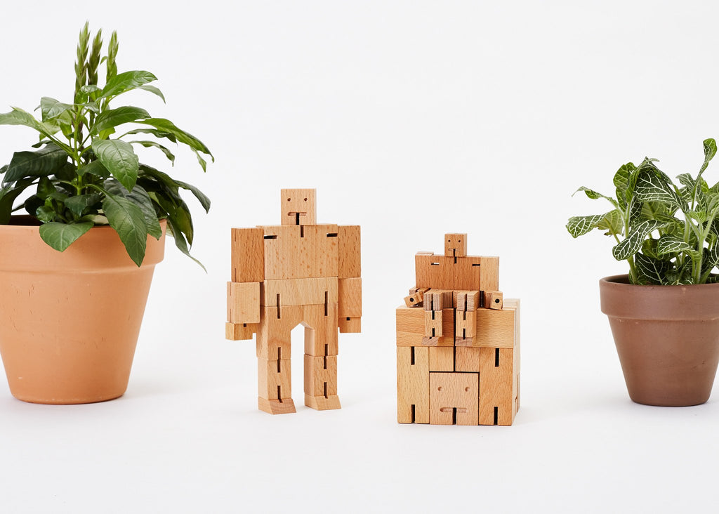 'Cubebot' Natural Wood - My Modern Met Store