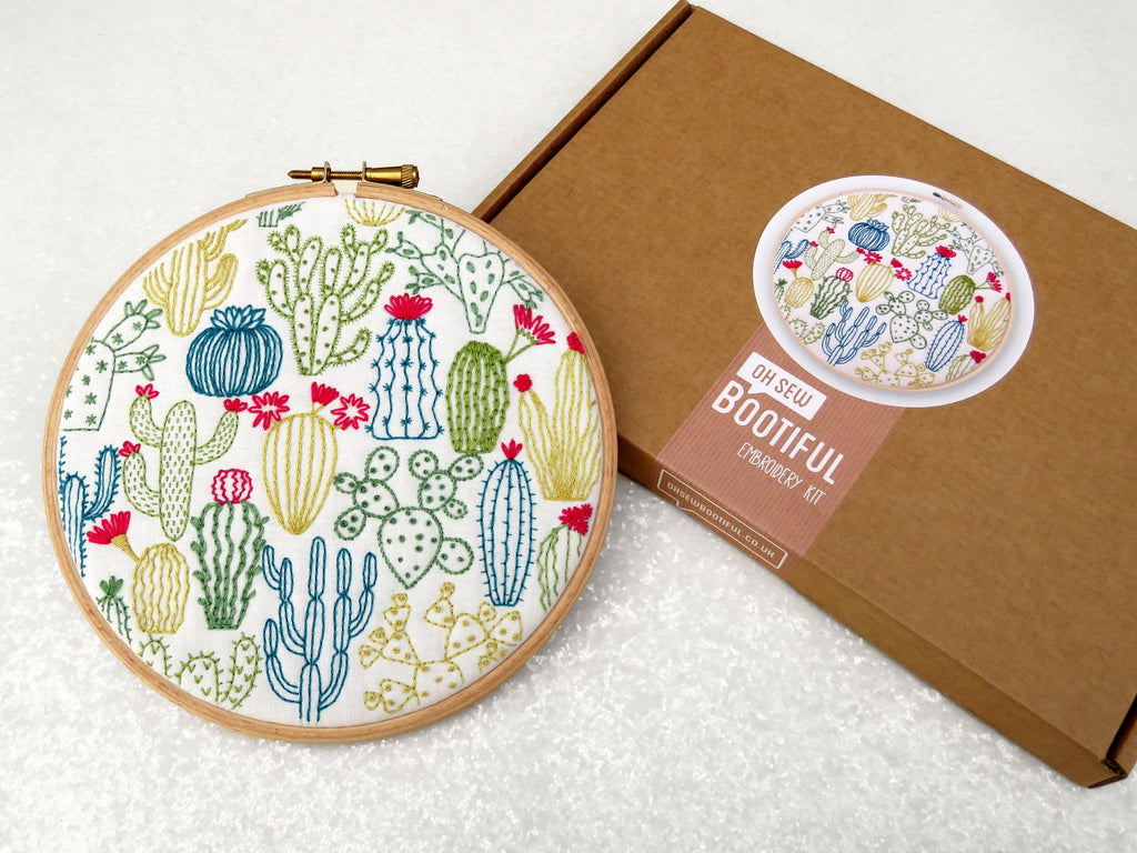 'Cactus' Embroidery Kit - My Modern Met Store