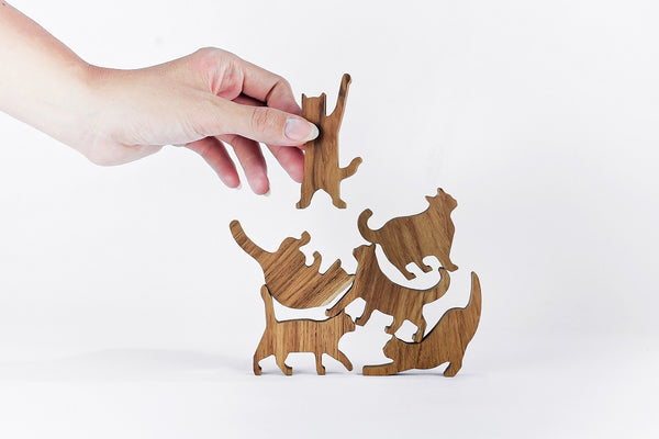 Wooden Cat Pile Game by Comma