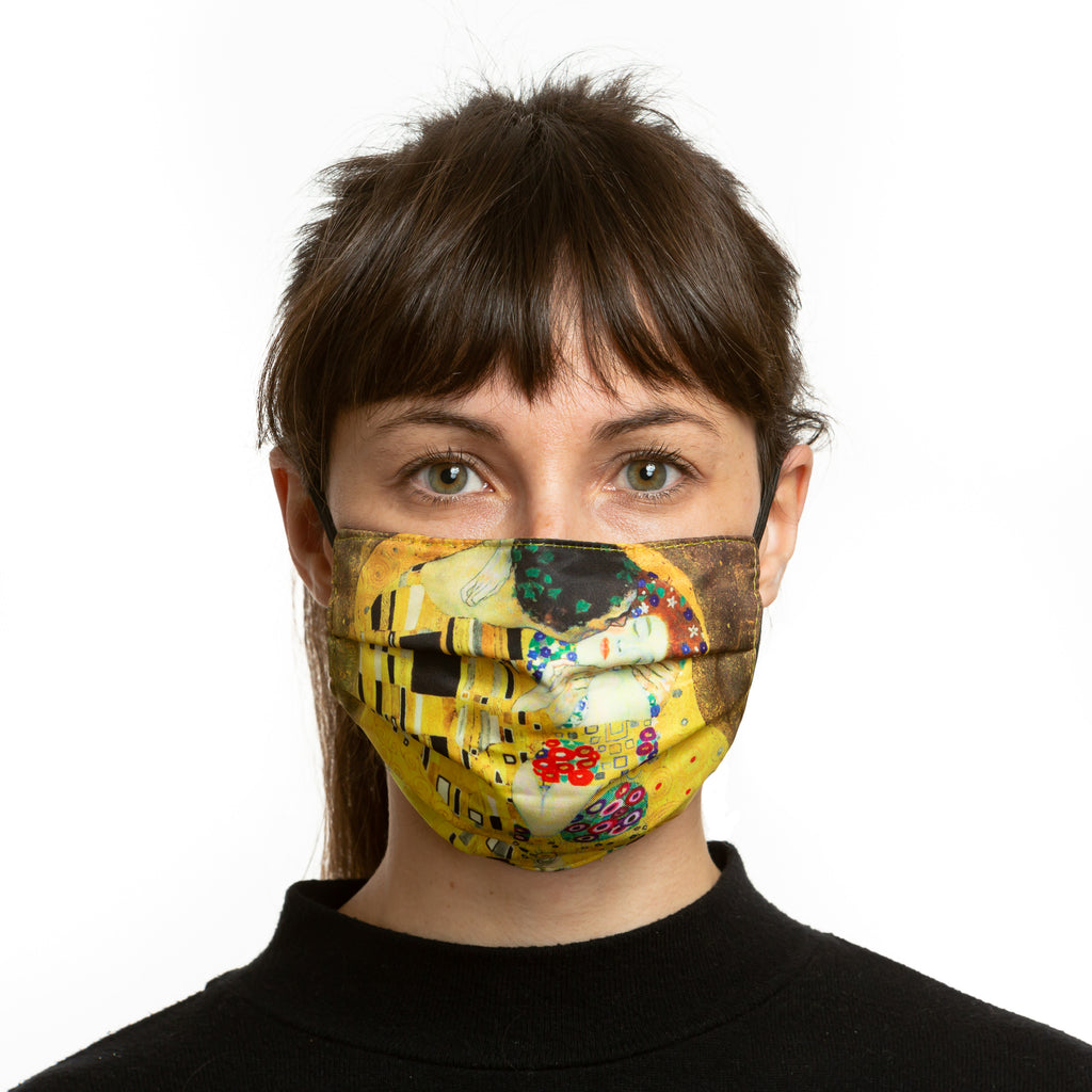 The Kiss Reversible Face Mask