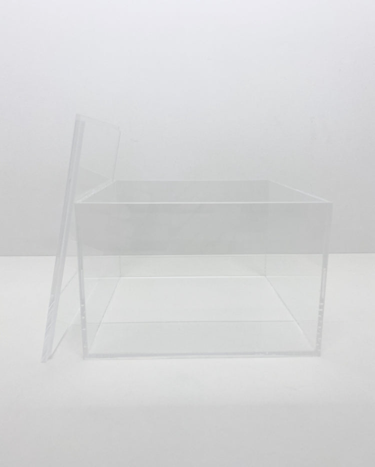 Prop Options square acrylic box tier with lid off