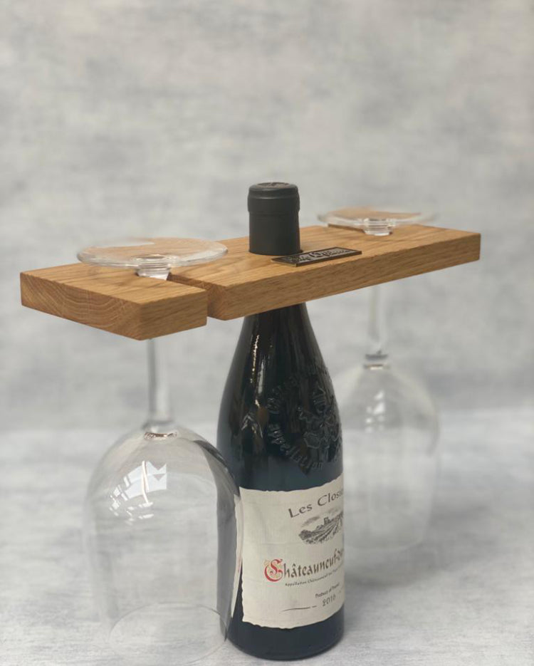 Gift for wine lovers - Prop Options English oak wine butler