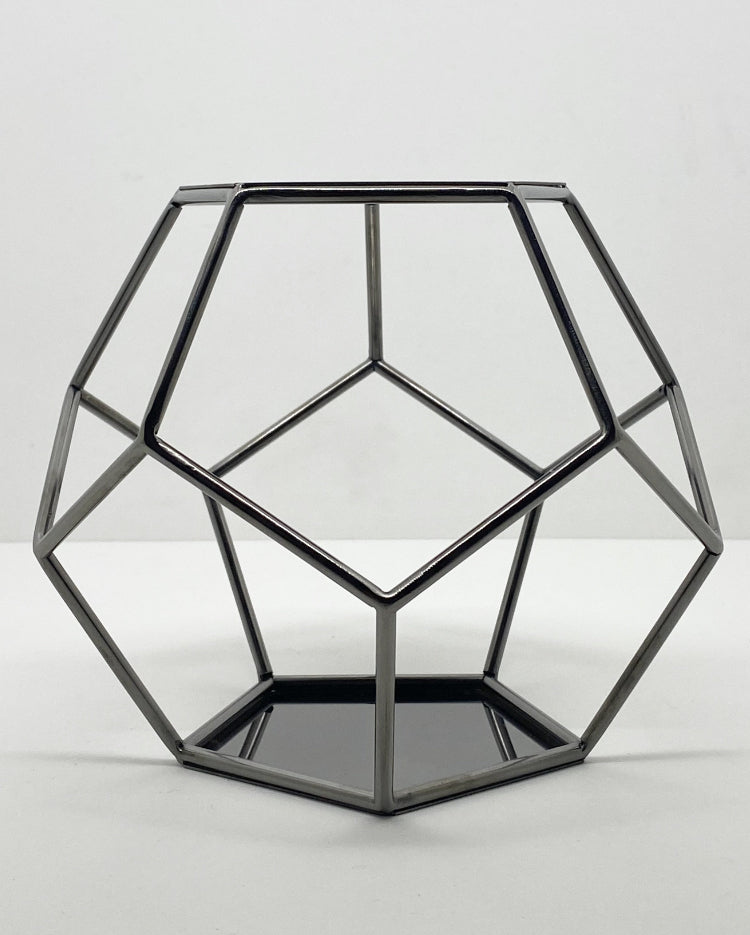 Prop Options black Geometric pentagon spacer cake separator