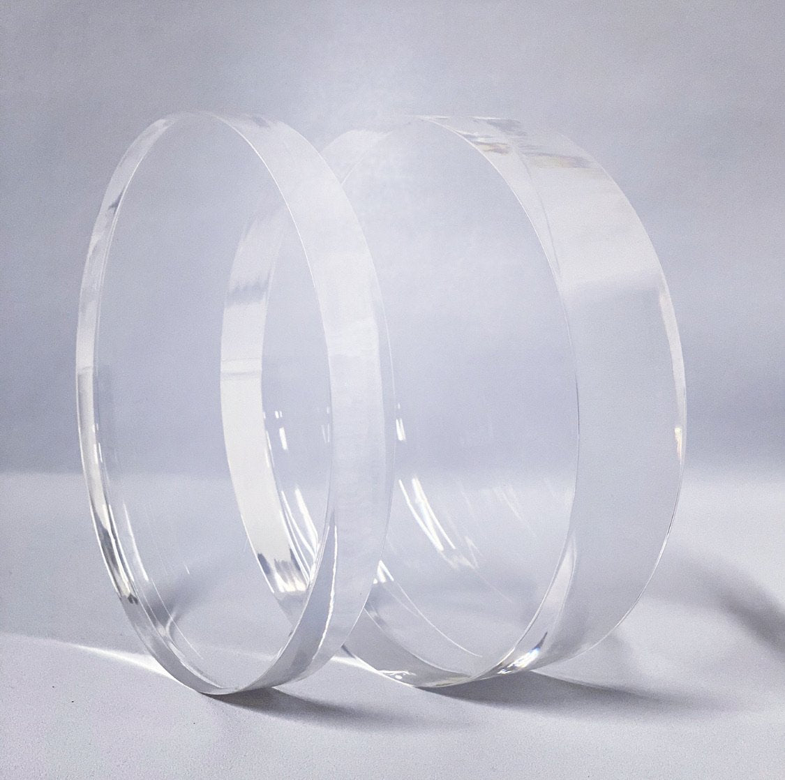 Prop Options ultra polished acrylic spacers and separators 15mm vs 30mm