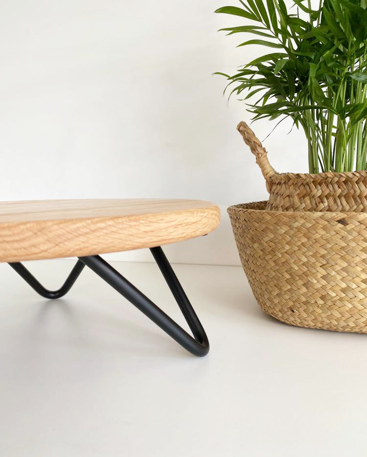 12 inch Solid oak stand with black hairpin legs