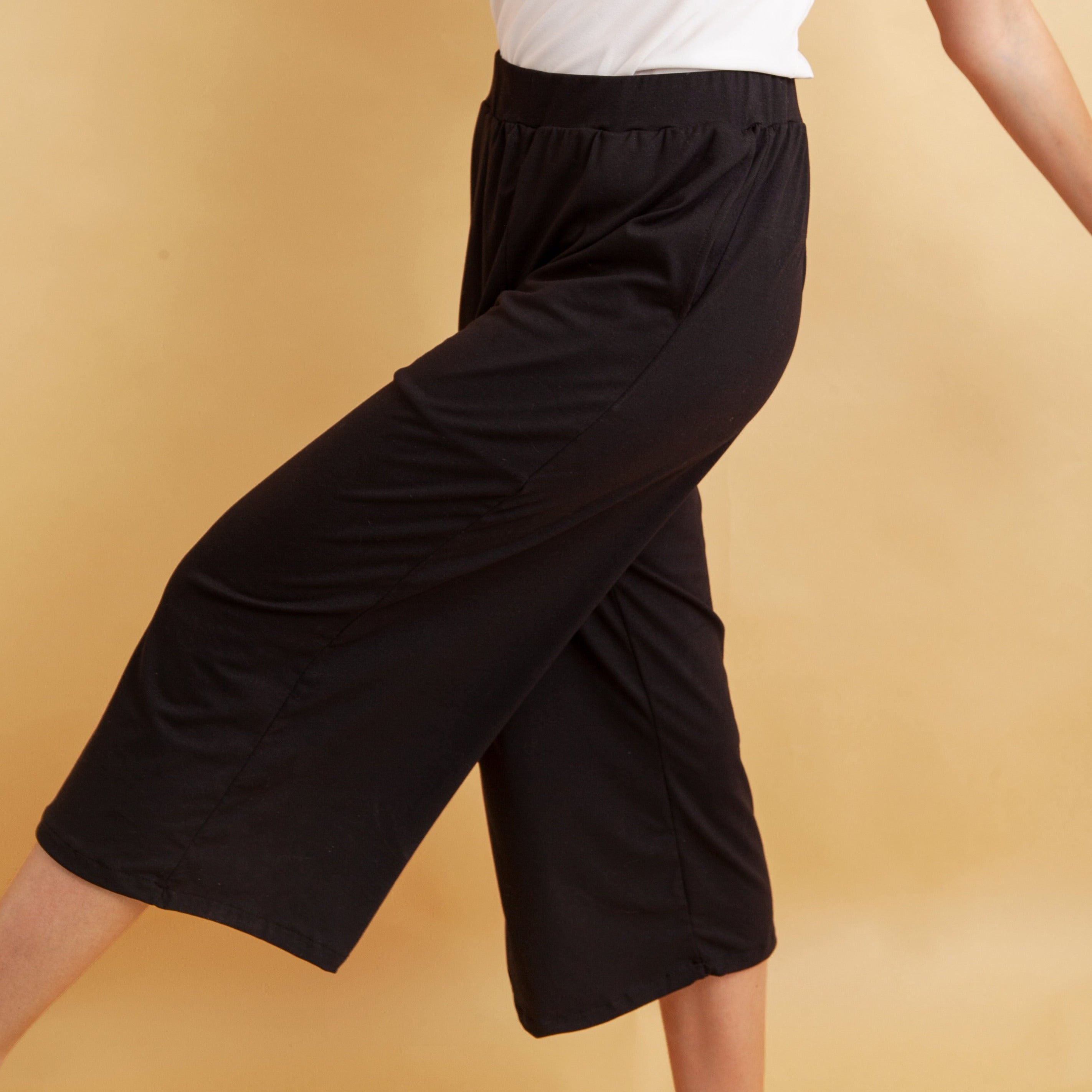 Effortless Culottes in Black