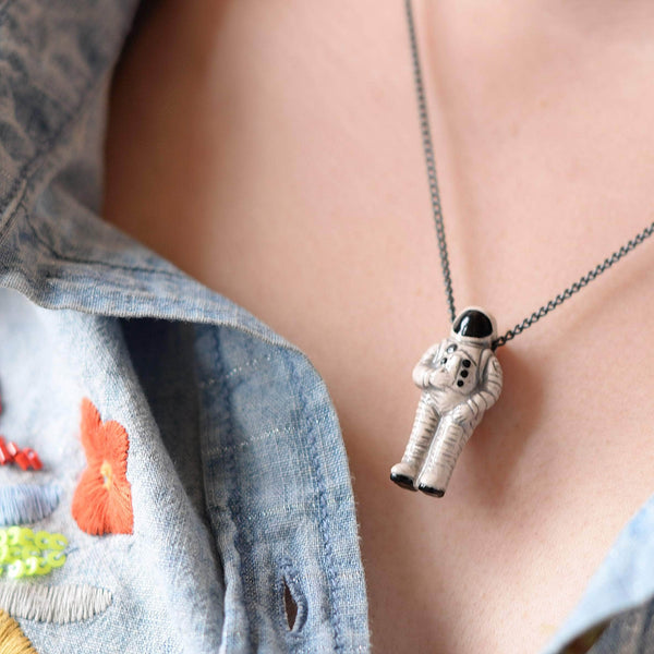 Ceramic Astronaut Black Chain Necklace - Newton and Apple