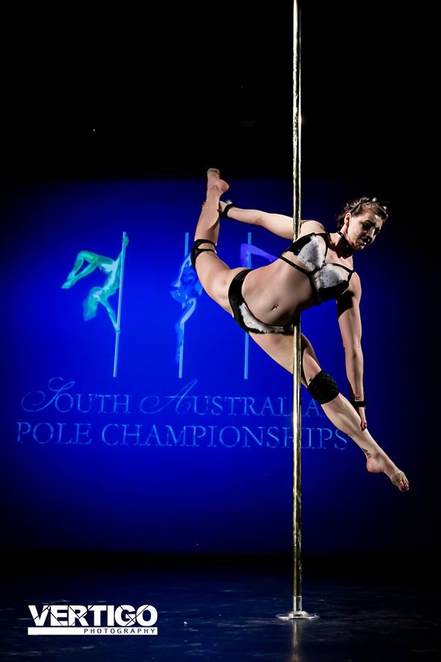 The best sites to shop for pole dance costumes
