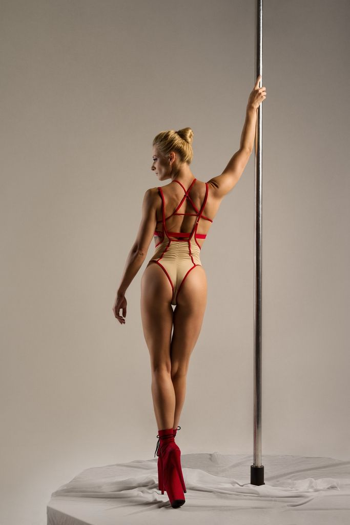 Hamade Nude High Waist pole aerial dance set, back view on model
