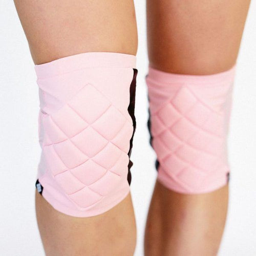 Poledancerka pole dance clothing knee pads baby pink front view