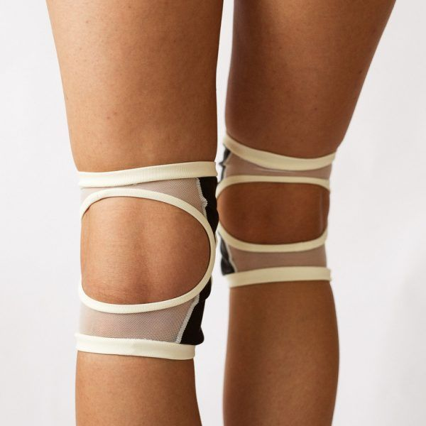 Poledancerka pole dance clothing knee pads ivory white back view