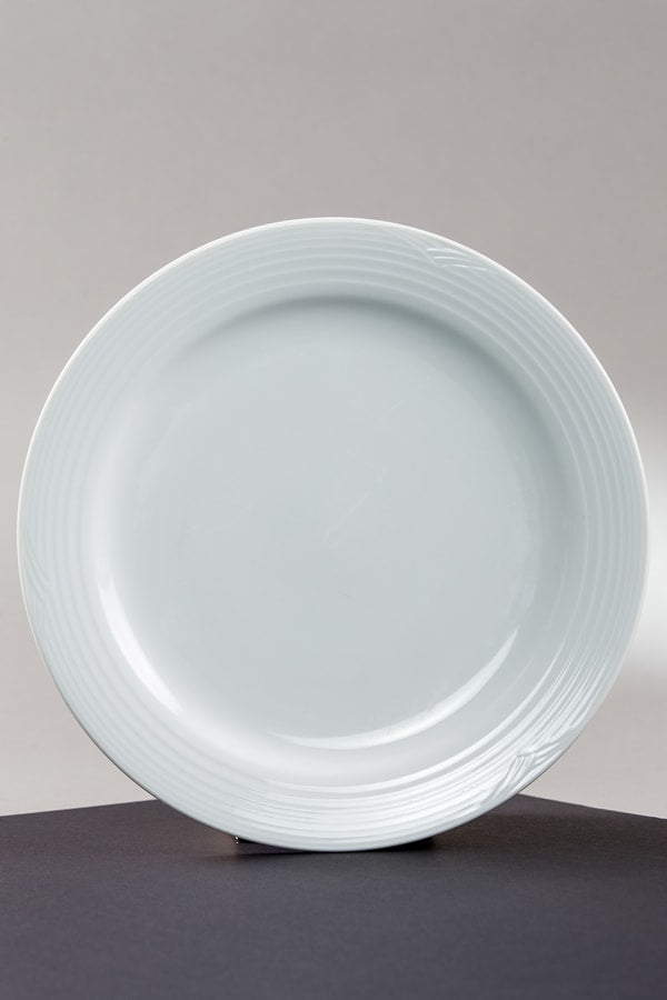 "Service Plate ""Arctic White"" 11.75"" (rental price)"