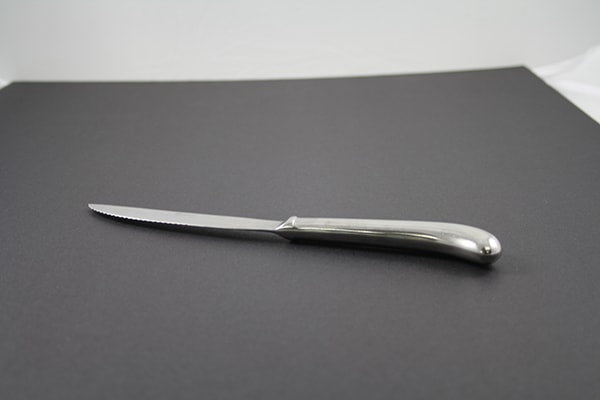 "Steak Knife ""Browne"" (rental price)"