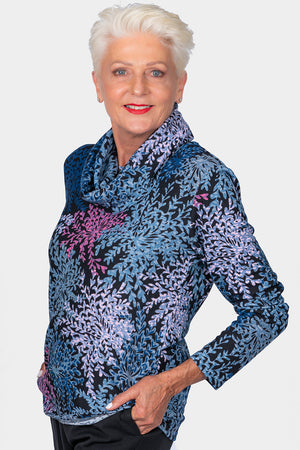 Top with Removable Snood – Flake Design